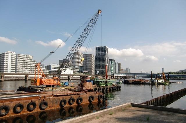 京浜運河緑道公園 防潮工事