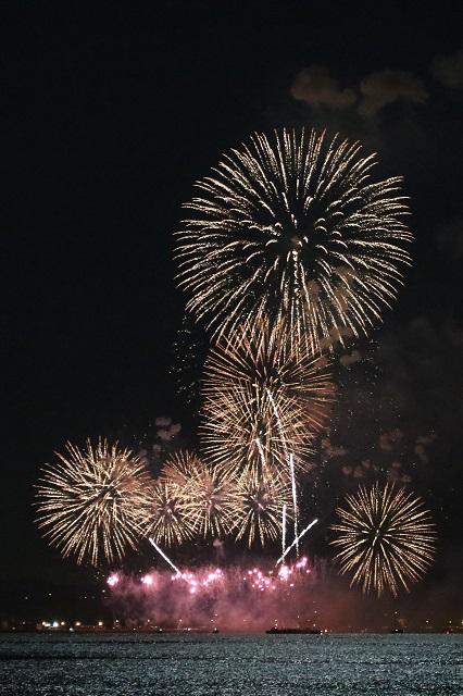 ふじさわ江の島の花火