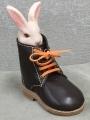 ウサギとワークブーツ2