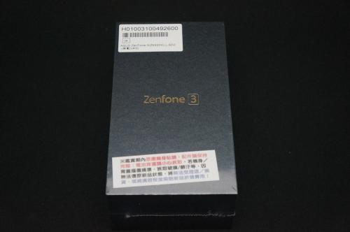 ZenFone3_ZE520KL_002.jpg