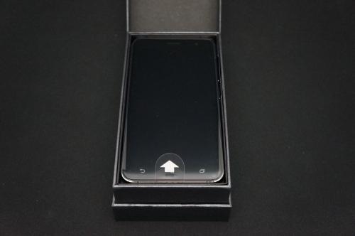 ZenFone3_ZE520KL_008.jpg
