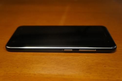 ZenFone3_ZE520KL_022.jpg
