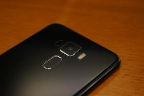 ZenFone3_ZE520KL_026.jpg
