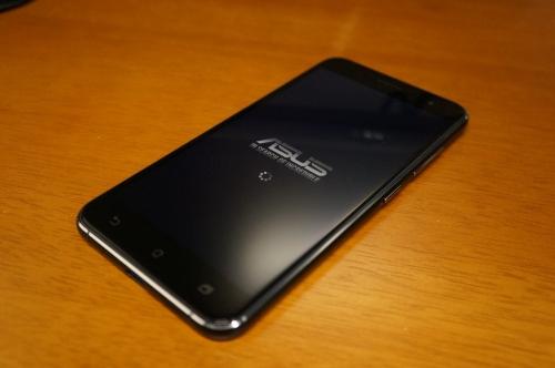 ZenFone3_ZE520KL_027.jpg