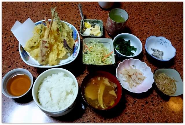 青森県 弘前市 寿し うなぎ 天ぷら 刺身 定食 ランチ グルメ 写真