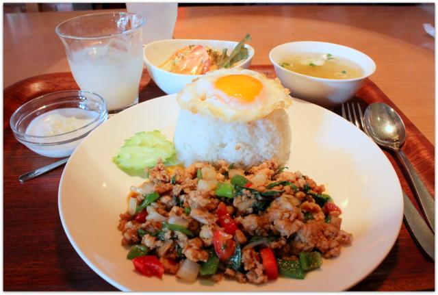 岩手県 盛岡市 ランチ タイ料理 バイマックルー グルメ 写真 ガパオガイ 鶏挽肉のバジル炒め