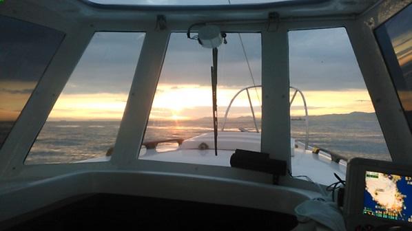 ①明石海峡大橋に沈む夕日