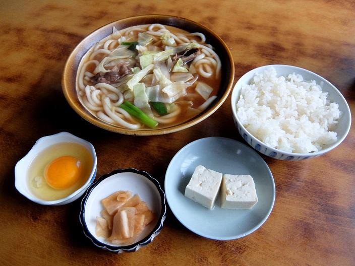 西田屋肉うどん1