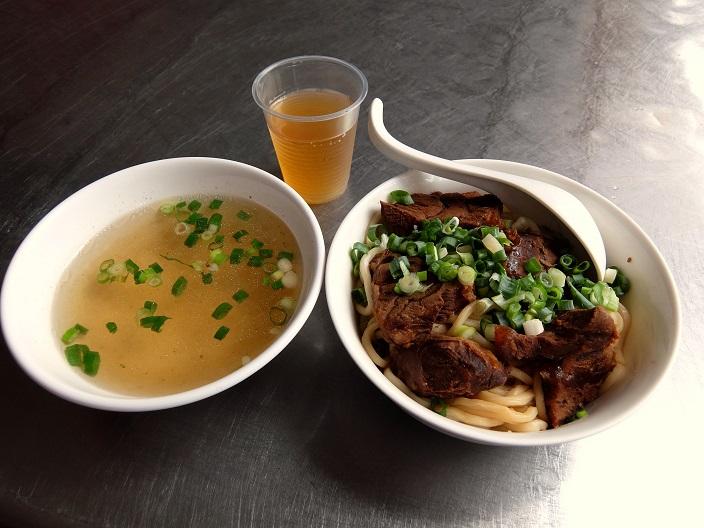 大牛牛肉伴麺3