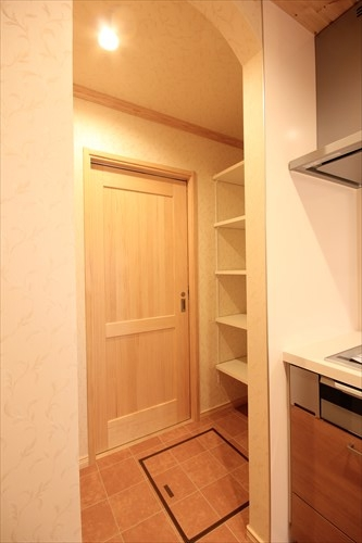 ④ キッチン パントリー (2)_R