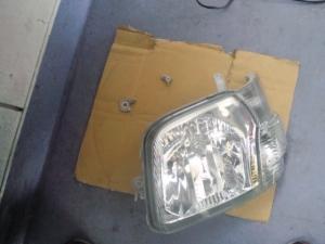 ハイゼット(S321V)ヘッドライト 修理前