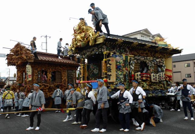 久保町彫刻屋台2