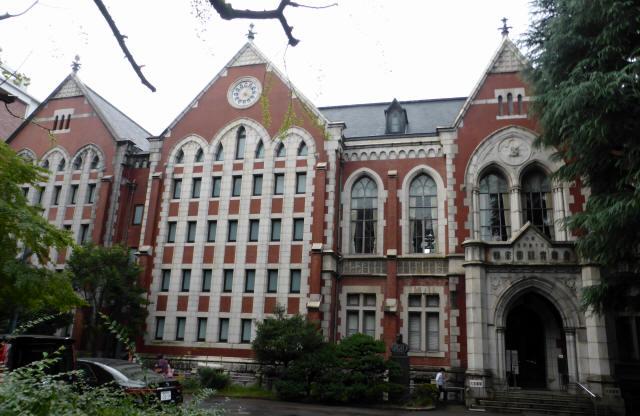 慶応義塾大学図書館1
