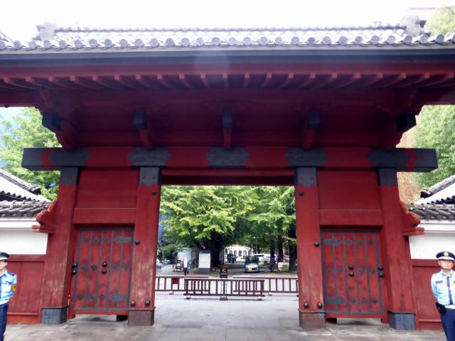 東京大学/赤門2