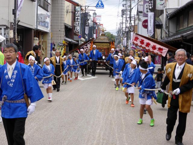 上野天神祭・神輿d