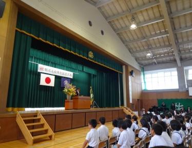 河原学校長の挨拶で式典が始まりました。