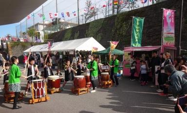 田上本町のこども太鼓で開会