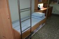 宿舎のベッド160808