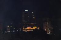 宿舎から見た徐匯廣場160808