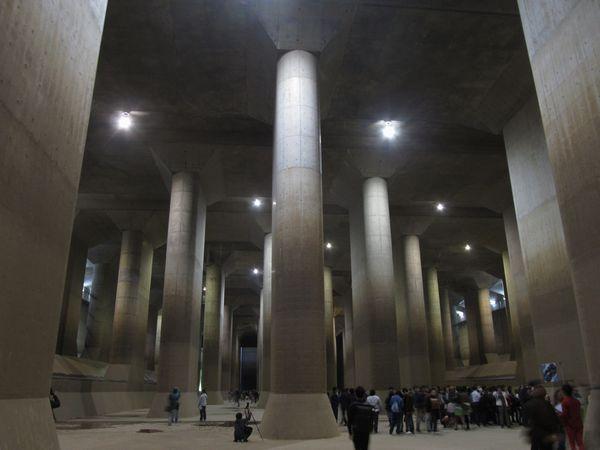 調圧水槽の内部。その様子から「地下神殿」と称される。