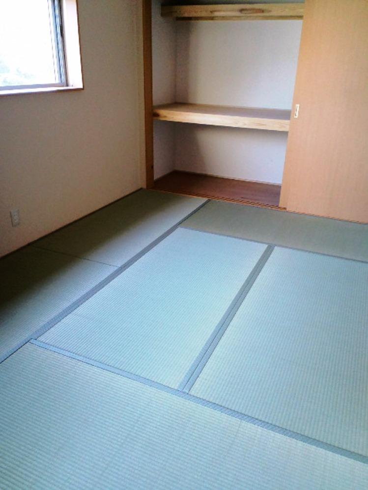 ルミネスK 和室(奥)
