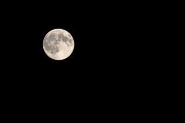 moon9_2016052012024888c.jpg