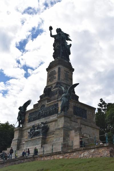 160703-ニーダーヴァルト記念碑01