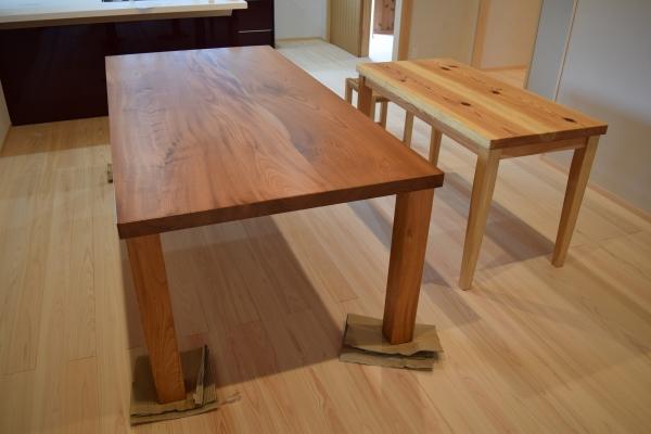 161008-テーブル-華めく家