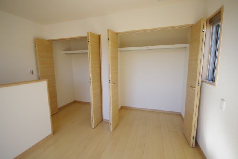 2階収納 (2)