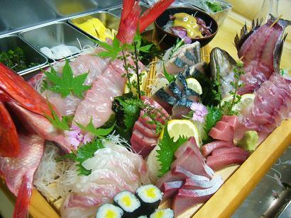 大漁コース刺身です (4)