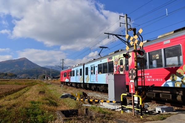 2016年11月12日 上田電鉄別所線 八木沢~舞田 1000系1001編成