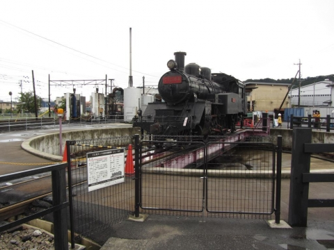 C12形タンク式蒸気機関車