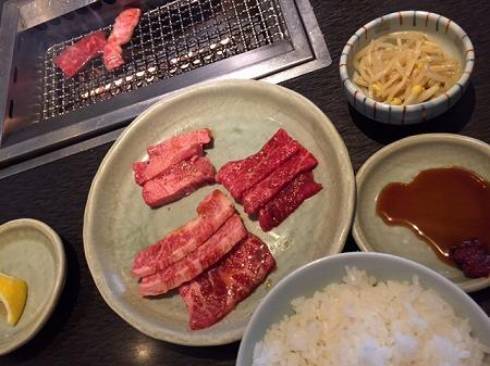 万世 (3)