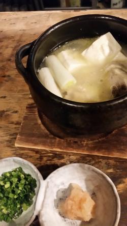 骨付き鶏と豆腐のスープ