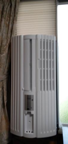 窓用エアコンTIW-A160本体