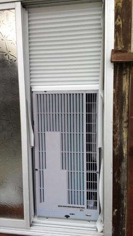 窓用エアコンTIW-A160室外側