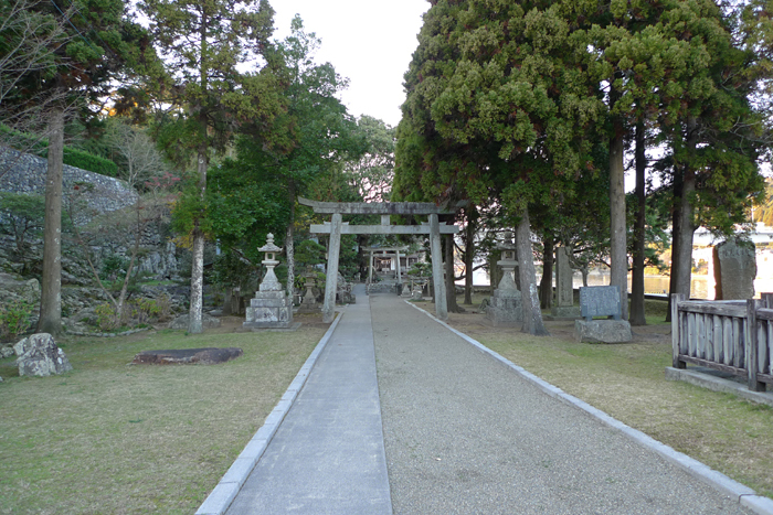 日向の国の神社 立磐神社  1