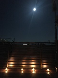 MOKSA 満月ヨガ