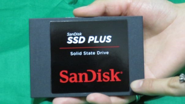 サンディスク SSD