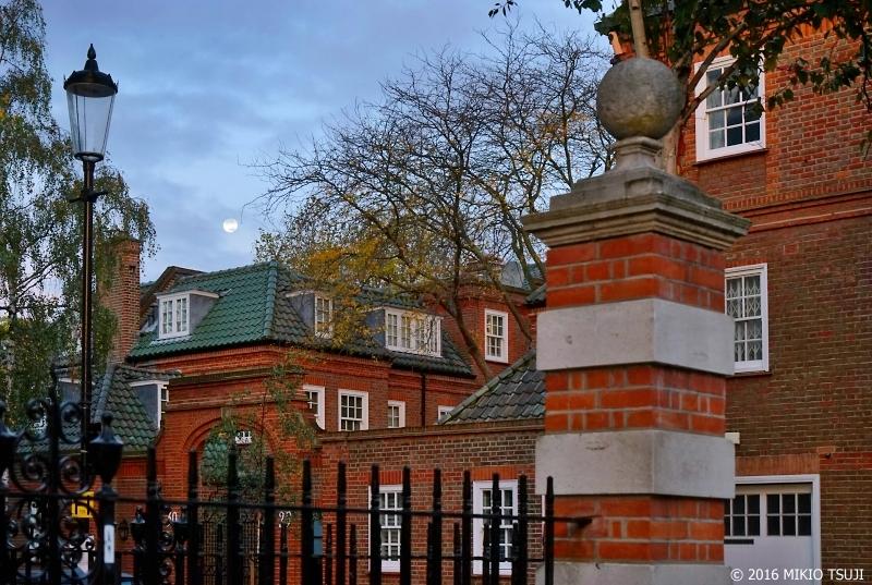 絶景探しの旅 - 0077 明け方のチェルシーのお屋敷 (ロンドン/チェルシースクエア)