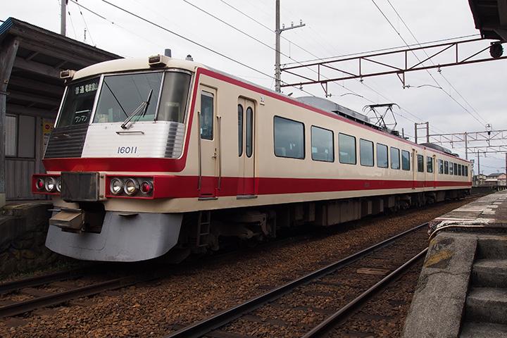 20161010_toyama_chitetsu_16010-03.jpg