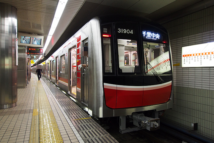 20161022_osaka_city_subway_31000-03.jpg