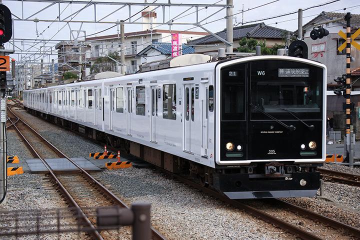 20161023_jr_kyushu_ec_305-01.jpg