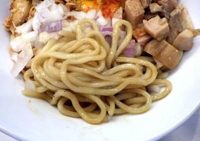 ふく流ラパス チキンジャンキー(麺のアップ)