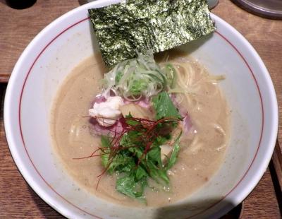 麺と心 7 鯛白湯そば