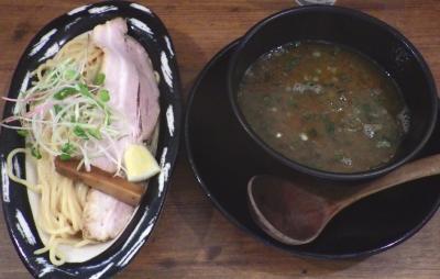 ロケットキッチン トリ塩つけ麺