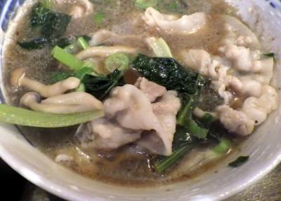 綿麺 フライデーナイト Part110 (16/5/27) 小松菜としめじの豚しゃぶつけ麺(つけ汁のアップ)