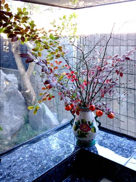 浴室の生け花