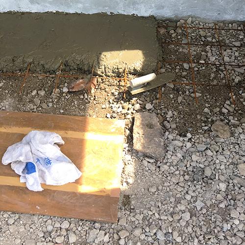 一人で作るブロック小屋⑪ ~コンクリート床を作る~③