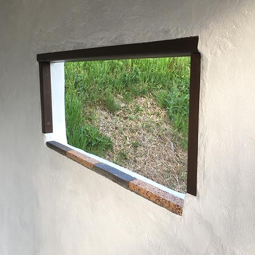 一人で作るブロック小屋⑫ ~換気口の取り付け~④